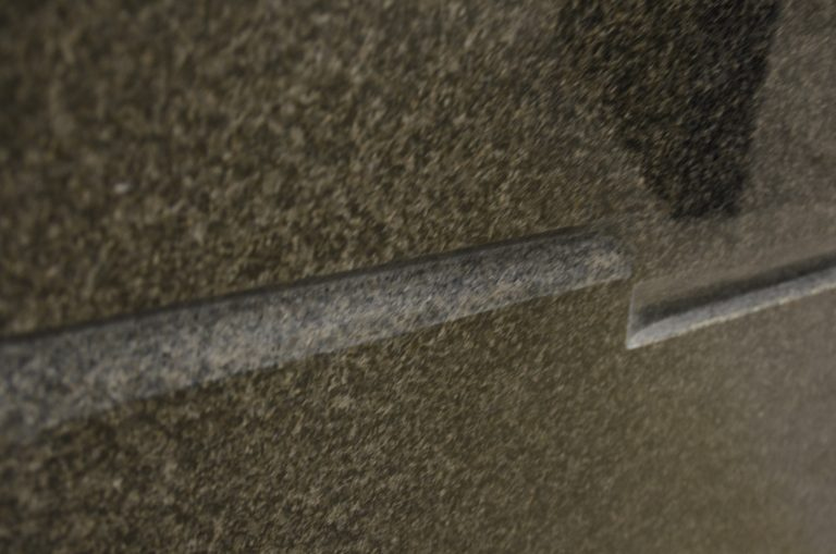 gedenksteen grijs gepolijst