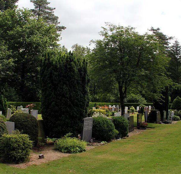 Begraafplaats Heidehof Ugchelen in Apeldoorn