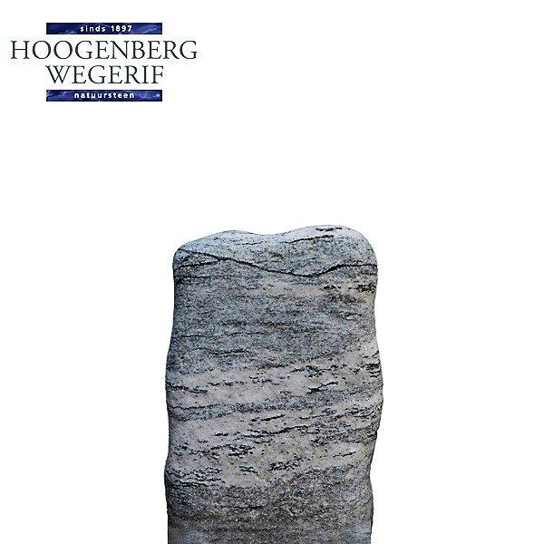 Ruwe bewerkte grijs witte grafsteen