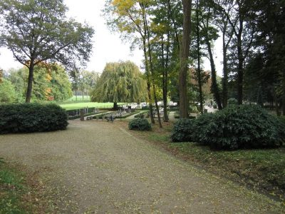 Nh-Begraafplaats-Hoenderloo-grafsteen-apeldoorn